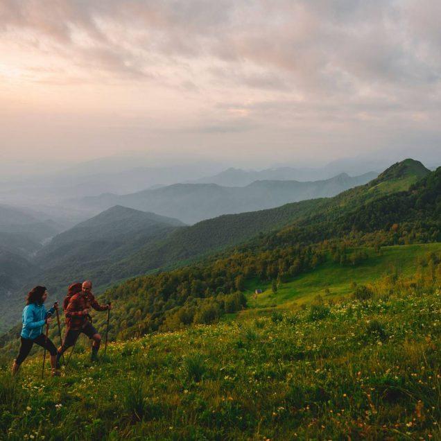 camminatori in montagna
